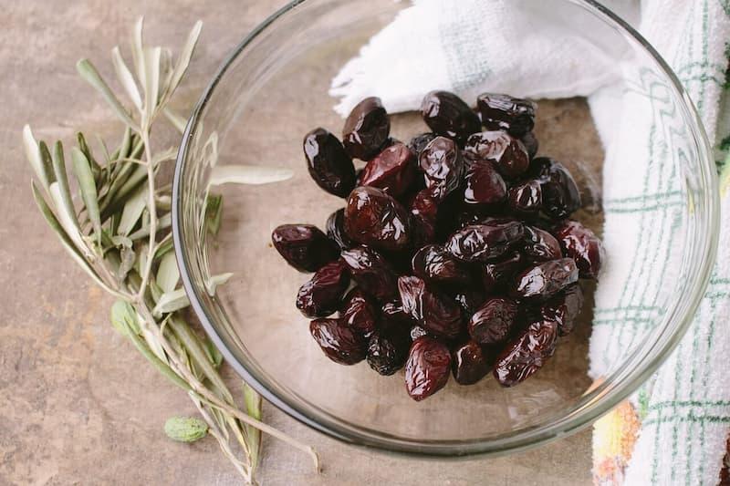 fausse olive noire