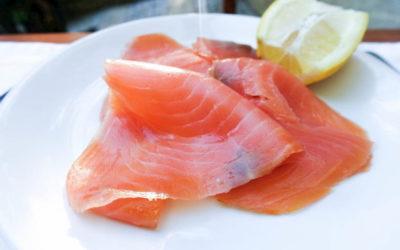 Saumon sauvage ou d'élevage : comment choisir ?